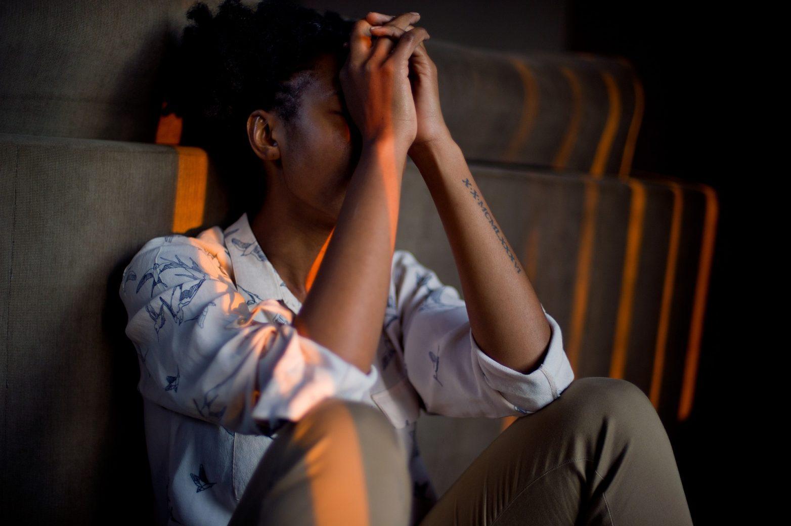 stress personne emotion people 1492052 1920 - 9 bonnes choses à vous souvenir en période de stress