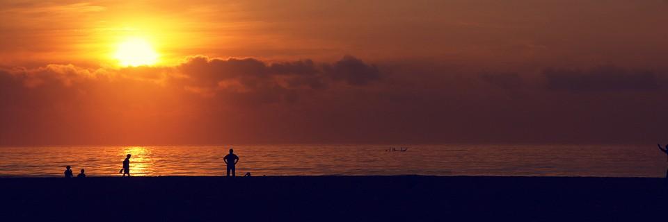 un matin a la plage large photo VinothChandar1 - 18 signes qui vous disent que vous vous en sortez mieux...