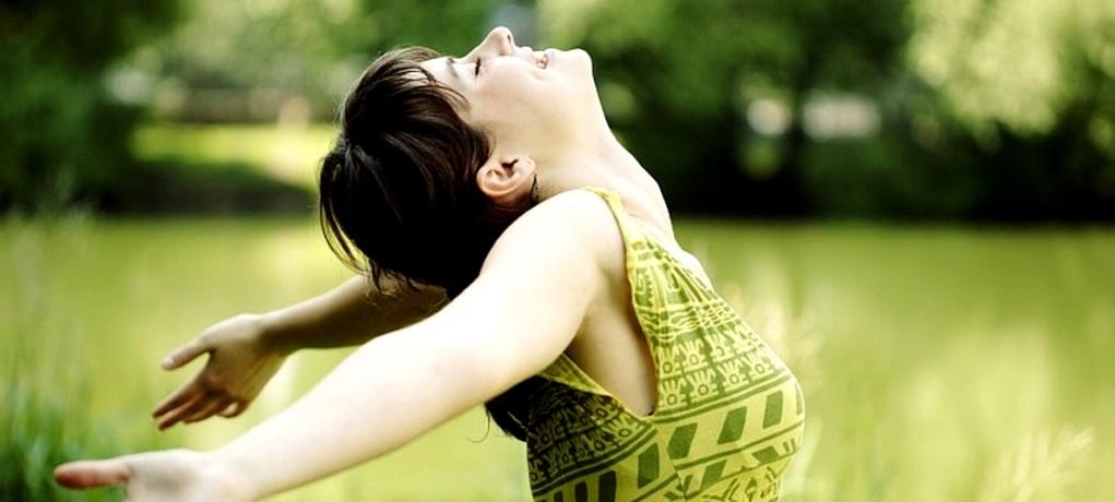Heureux : 7 astuces simples à suivre pour l'être maintenant