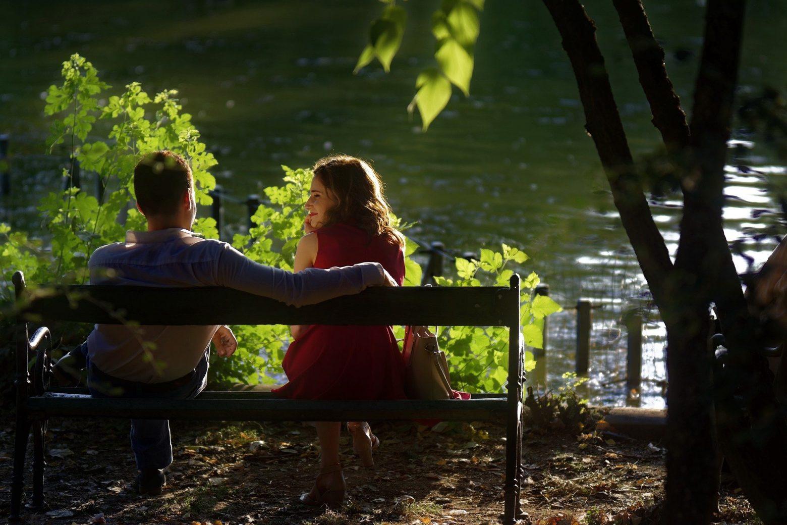18 habitudes des couples heureux, mais qui n'en parlent jamais