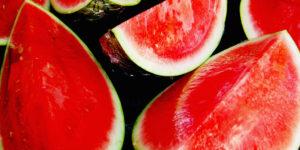 """193197506 e682429004 b 300x150 - 3 fruits """"plaisir d'été"""" pour votre bonheur et bien-être"""
